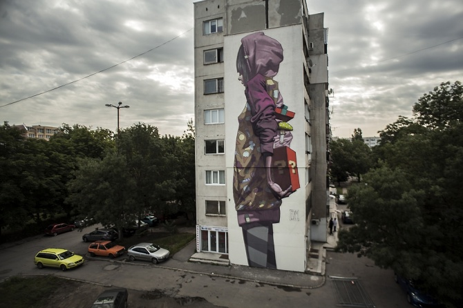 etam cru - surprise - street art - Urban Creatures - sofia