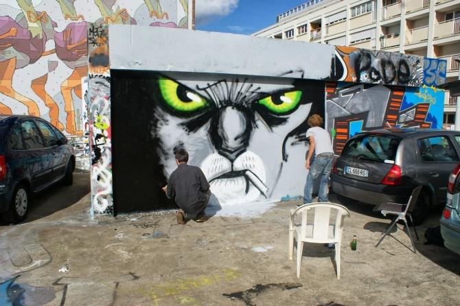 http://www.street-art-avenue.com/wp-content/uploads/2013/10/matt-nico-teenage-kicks-rennes-izta-3.jpg