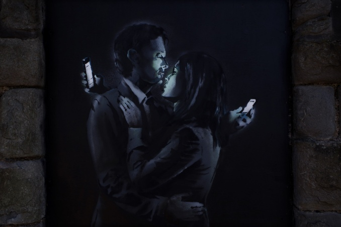 mobile-lovers-1