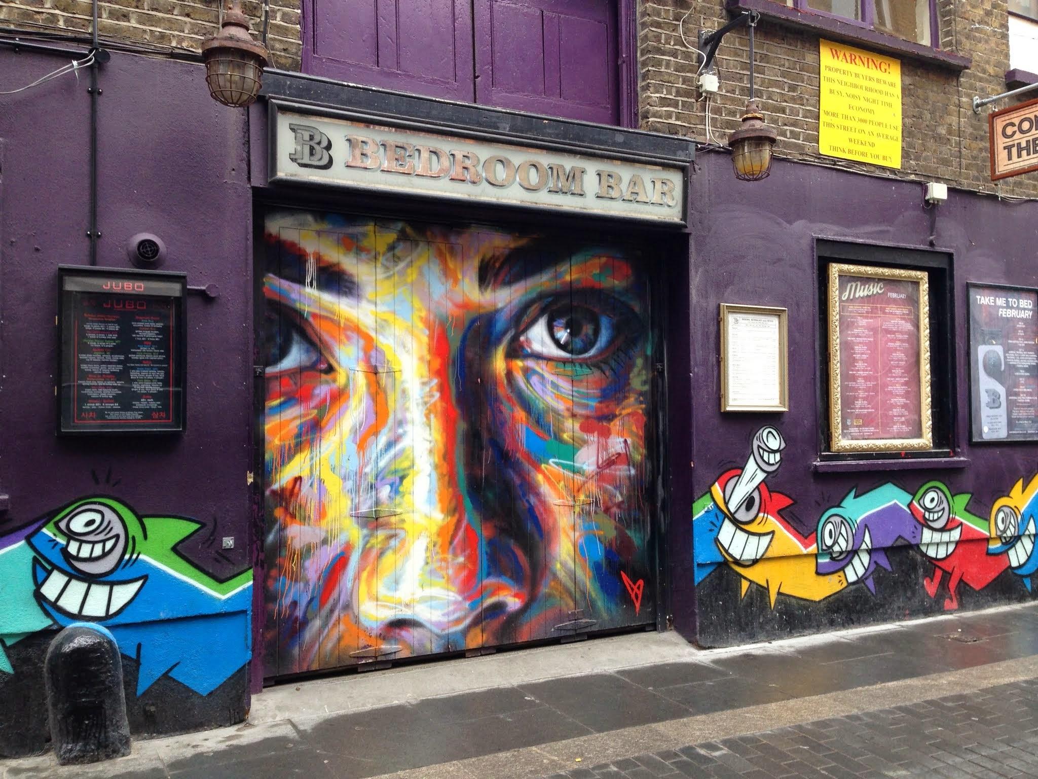 David Walker X Pez Portrait Sur Rivington Street Londres