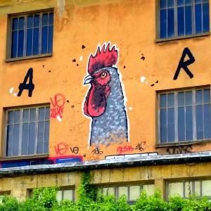 """WAR """"Coucou de Rennes"""" 2013 street art"""
