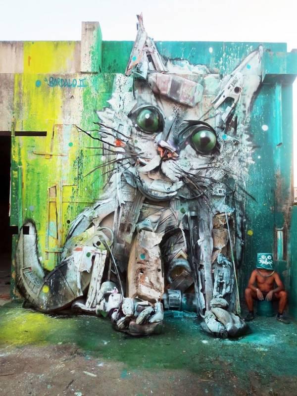 """""""Trash Cat"""" © Bordalo II - Lisbonne 2015"""