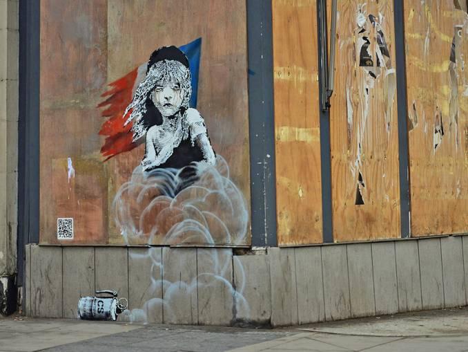 banksy - street -art -london - french - embassy - réfugiés - calais