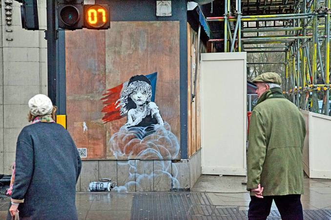 banksy-opposite-french-embassy-london_2