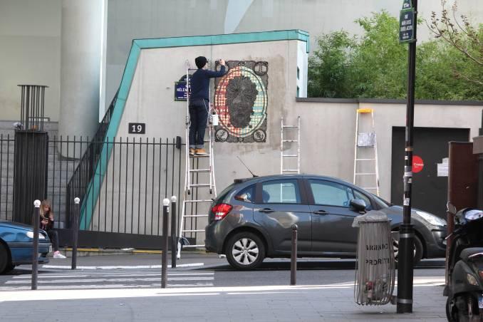 aurel-rubbish-street-art-paris_4