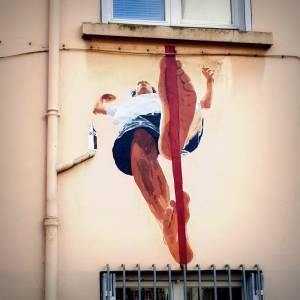 big ben - street art - funambule - croix rousse - lyon