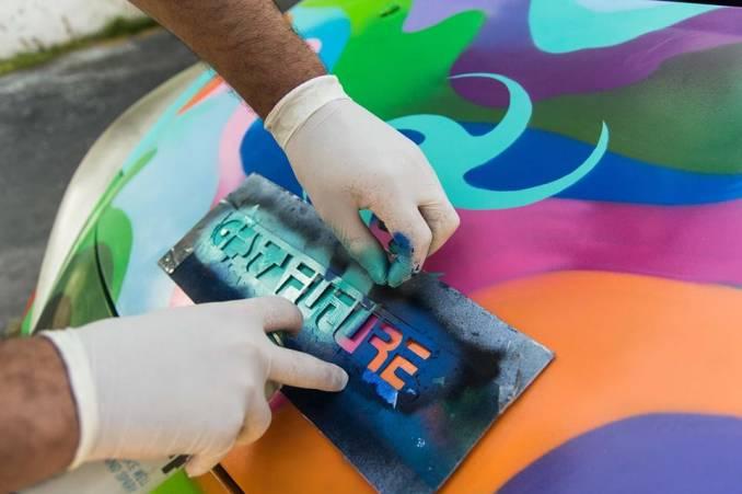 gesta future - graffiti car - street art