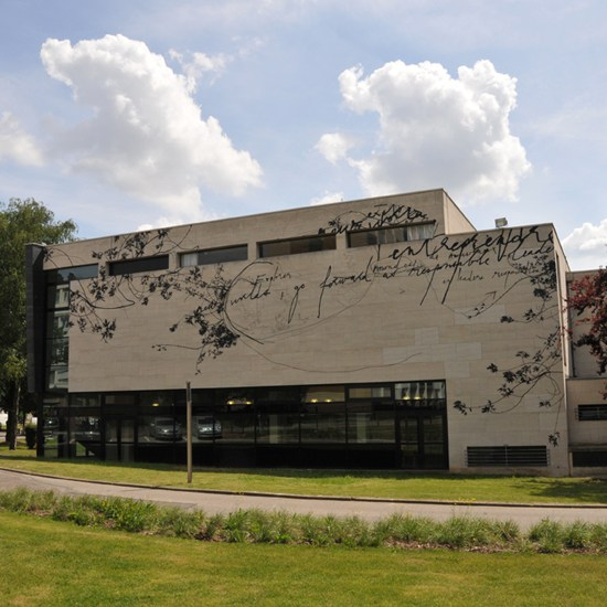 Mel et Kio – street art - poesie - neoma business school - mont saint aignan