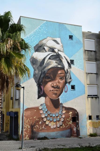 noe-streetart-lourés