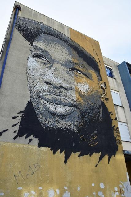 vhils - street art - loures - portugal