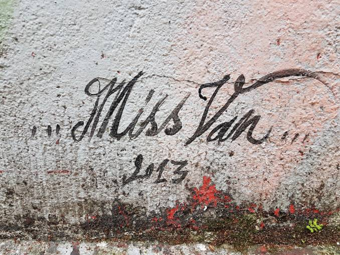 miss van - ciro schu - street art - beco do batman - vila madalena - sao paulo