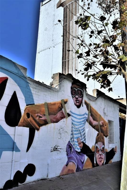 manumanu - steet art - barcelone