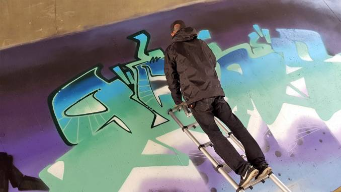 les gens - rwick - street art - vannes et sa street