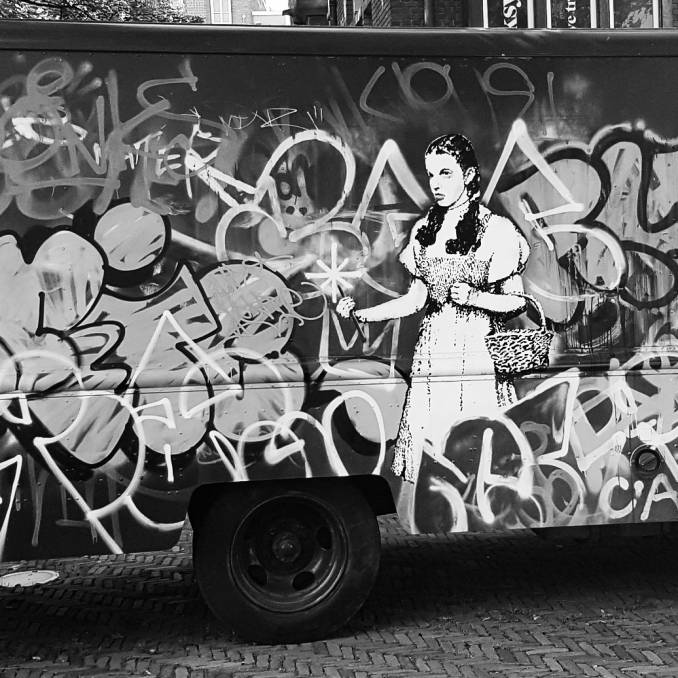 banksy - street art avenue - amsterdam