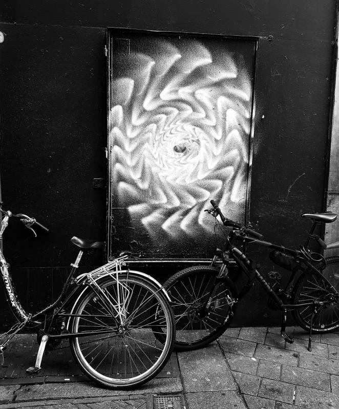 street art avenue - amsterdam