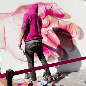 case maclaim _ street art avenue - hotel drouot - paris