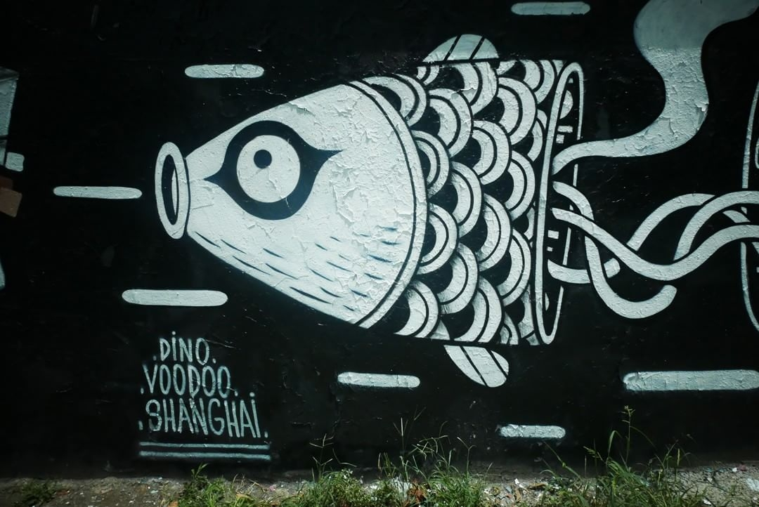 dino voodoo - street art - shanghai