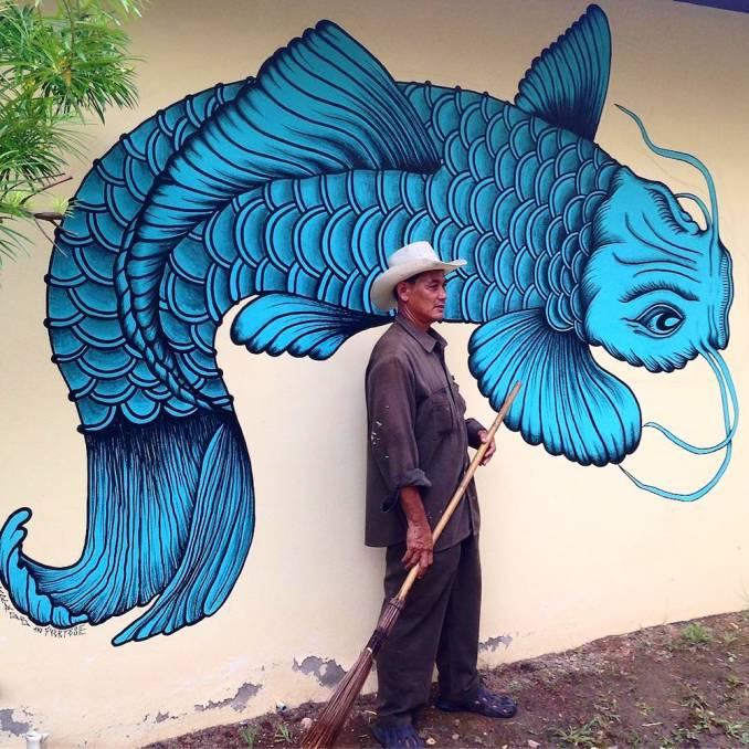 street-art-avenue-mosaic-blue-joan-tarrago-marta-fuerzas
