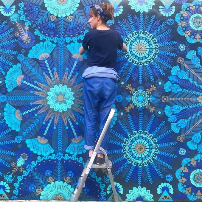 street-art-avenue-mosaic-blue-koralie-orlean