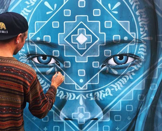 street-art-avenue-mosaic-blue-miles-toland