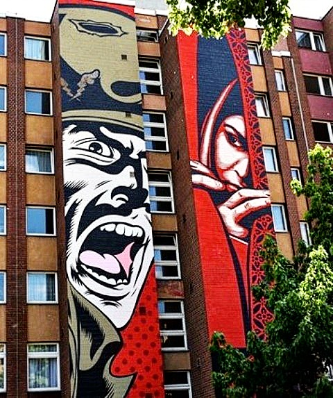 street art avenue - mosaic - obey giant - d face - berlin 2015