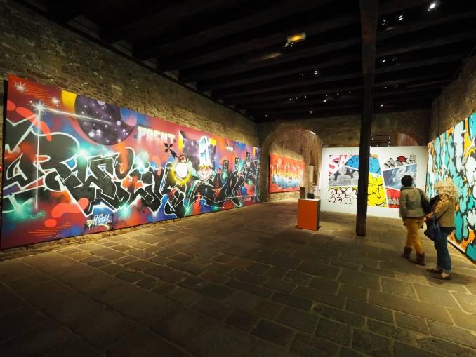 les gens - rwick - hors cadre - street art avenue - vannes
