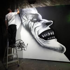 resin - hors cadre - street art avenue - vannes