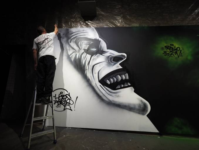 rezin - street art - graffiti - hors cadre - vannes