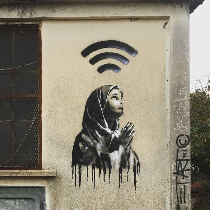 ezk - ericzeking - street art avenue - mosaic - chartres