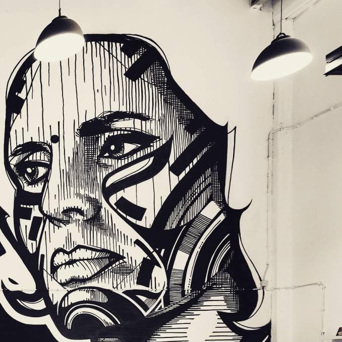 huariu - street art avenue - mosaic