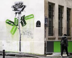 ludo - street art - rose - lame rasoir - paris