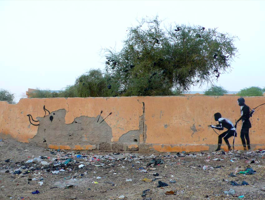 banksy - street art - graffiti - mali - boys hunting