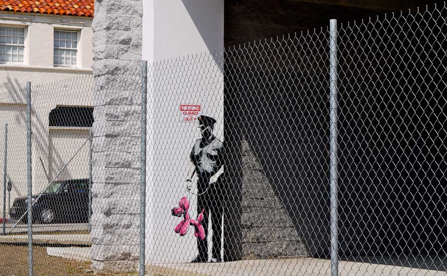 banksy - street art - graffiti - los angeles - pink dog