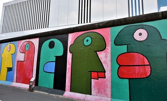 thierry noir - street art - east side gallery - berlin