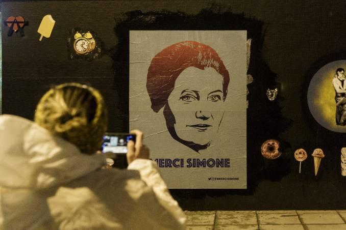 merci simone - street art - affiche