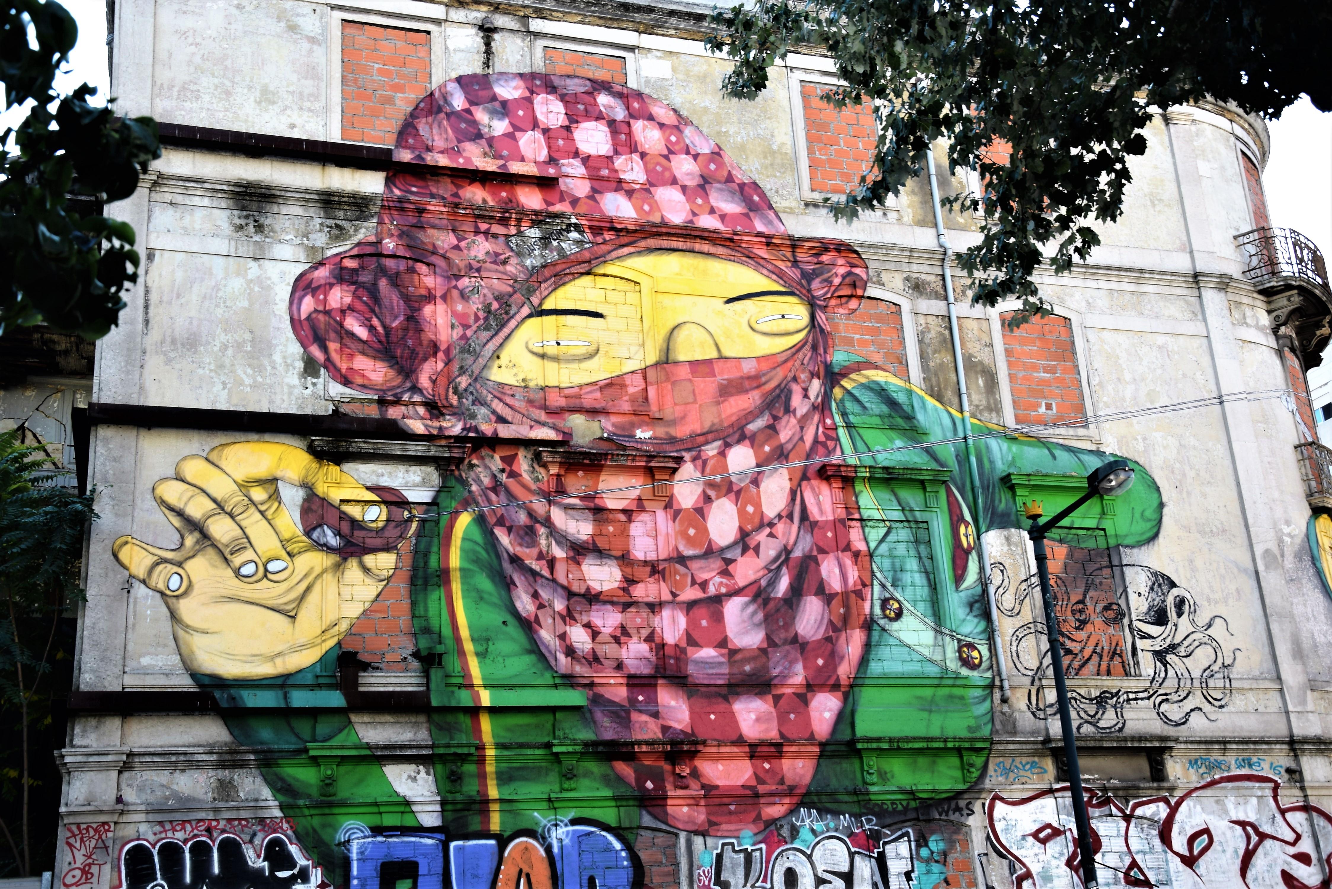 os gemeos - street art - lisbonne