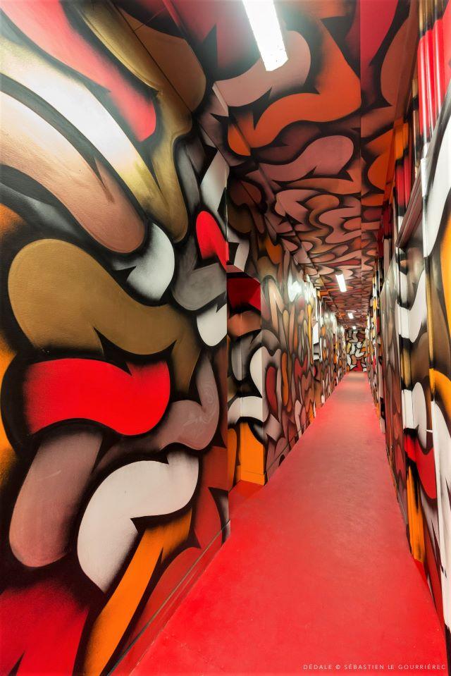 legz - street art avenue - dedale