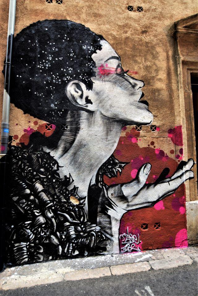 dire - street art - le panier - marseille